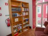 20_Library-in-Casa-René-Overview-2
