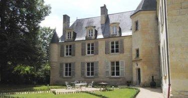 Le Château d'Isoré - Logeren bij Belgen in Frankrijk