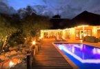 http://www.tripadvisor.com/TravelersChoice-Hotels-cInnsBB-g293740