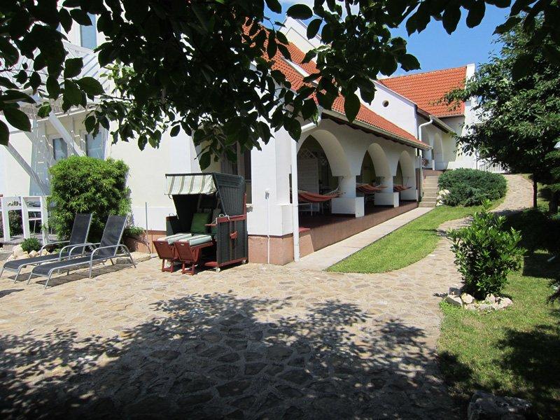 Belysium - Logeren bij Belgen in Hongarije