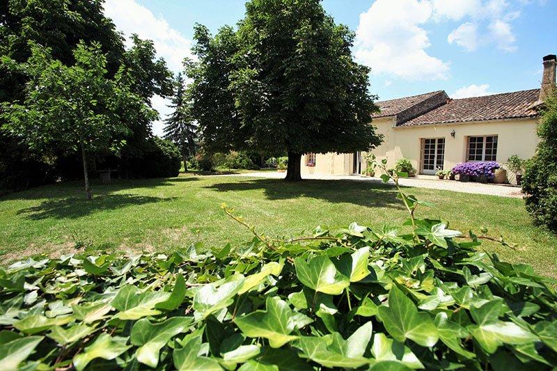 Bleu Raisin - Logeren bij Belgen in Frankrijk