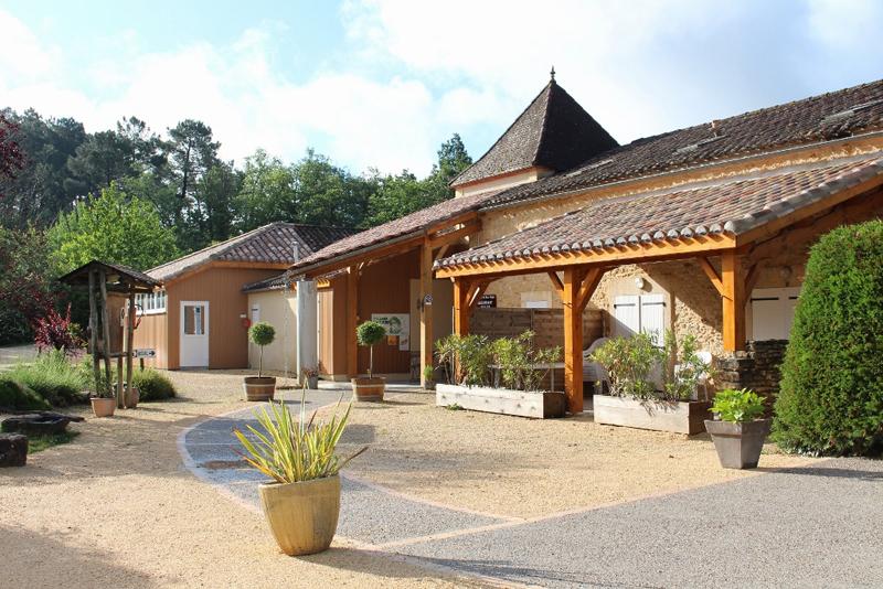 Bosc Nègre Vakantiepark - Logeren bij Taalgenoten in Frankrijk