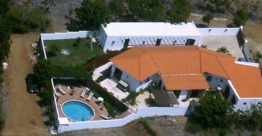 Luchtfoto Hacienda La Bougainville