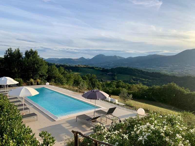 Borgo Crispiero - Logeren bij Landgenoten in Italië