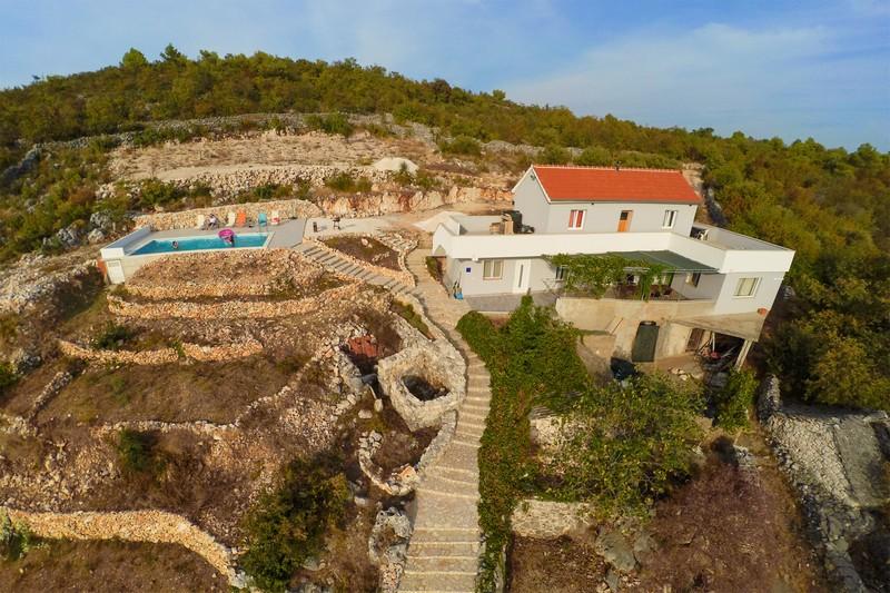 B&B On The Rocks - Logeren bij Landgenoten in Kroatië